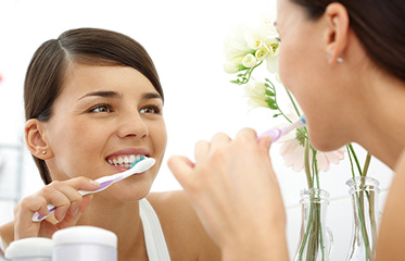 6 Habits That Are Bad for Your Oral Health